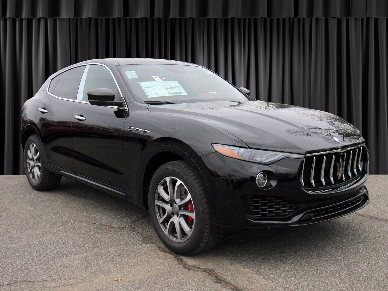 New 2019 Maserati Levante With Navigation & AWD